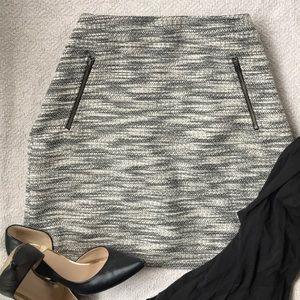 Tweed black and white straight skirt